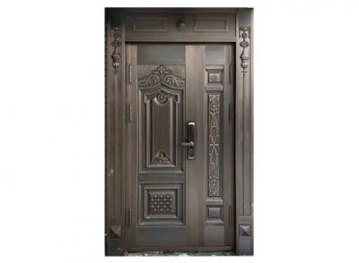 浩气凛然铜门